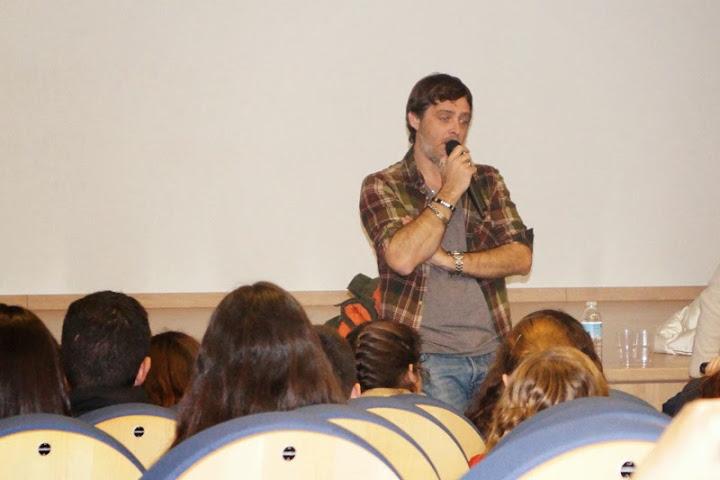 Efecto Mariposa colabora con el Colegio.