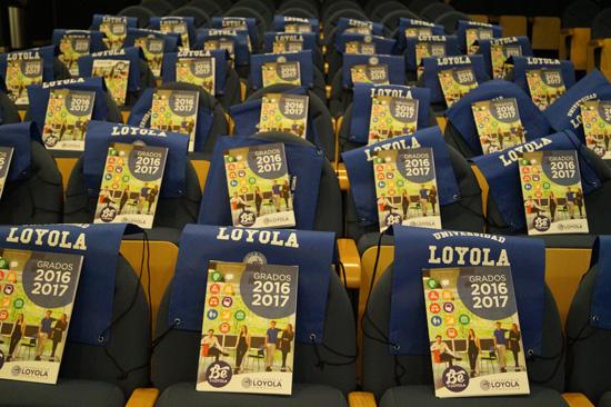Charlas de Orientación Profesional (Universidad del Loyola)